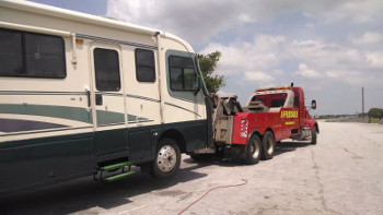 RV Tow Off-Level